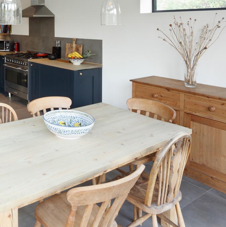 Drewniane umeblowanie kuchni