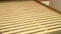 łóżko drewniane 1